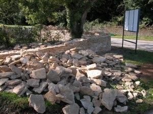 stonesbywall